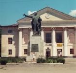 Памятник В. И. Ленину на Октябрьском