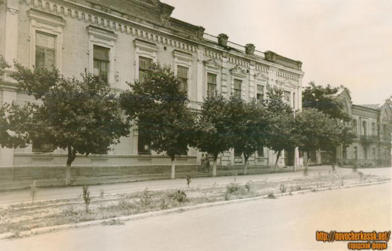 Улица Дворцовая
