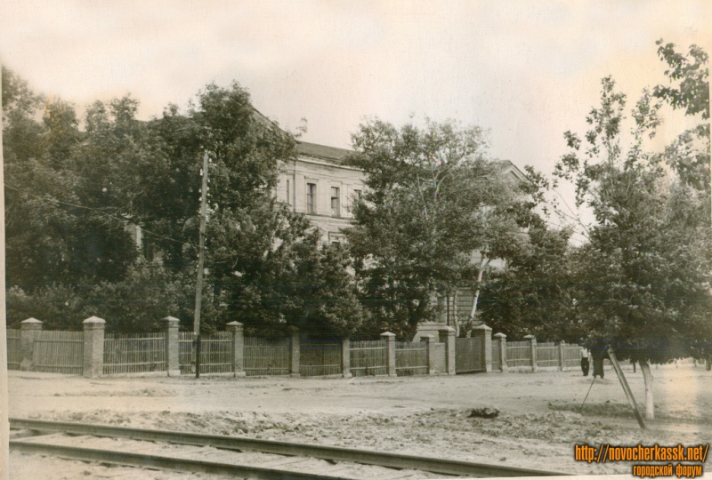 Угол Троицкой и Михайловской