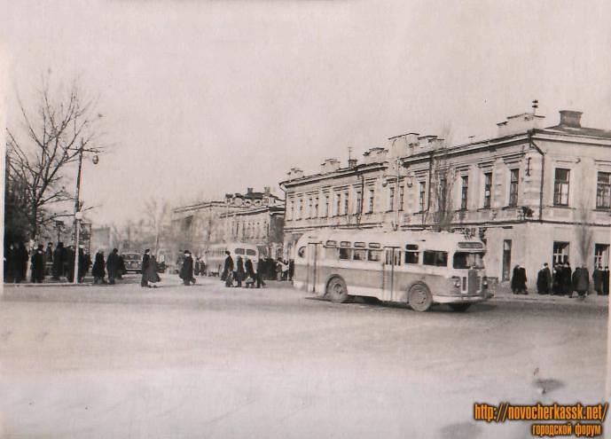 Угол Московской и Платовского
