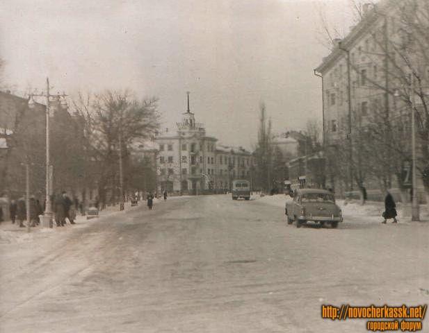 Улица Московская угол с Просвещения