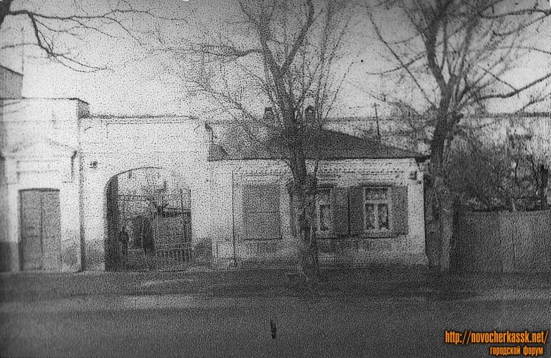 Проспект Баклановский, 72 (на месте ТЦ Баклановский)