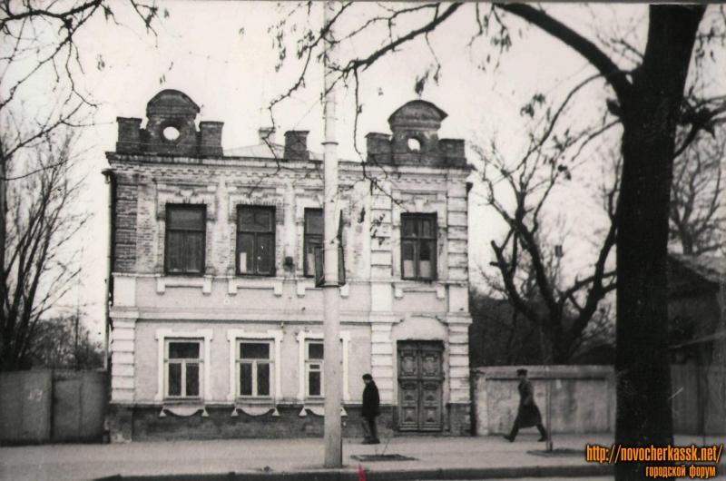 Баклановский, 9