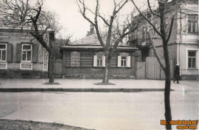 Баклановский, 13