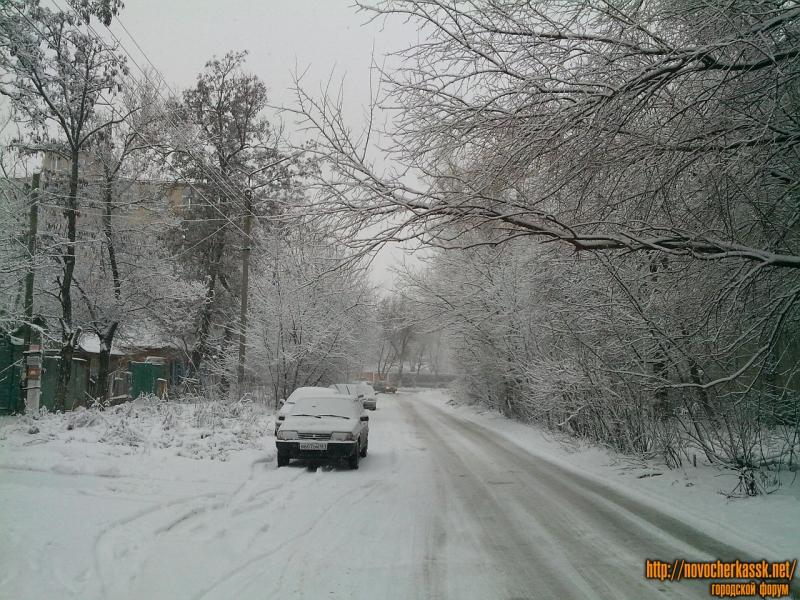 Ларина (между Народной и Баклановским)
