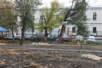 Детская площадка на площади Павлова