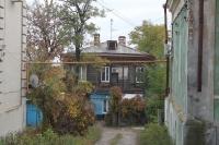 Дом в глубине улицы Александровской