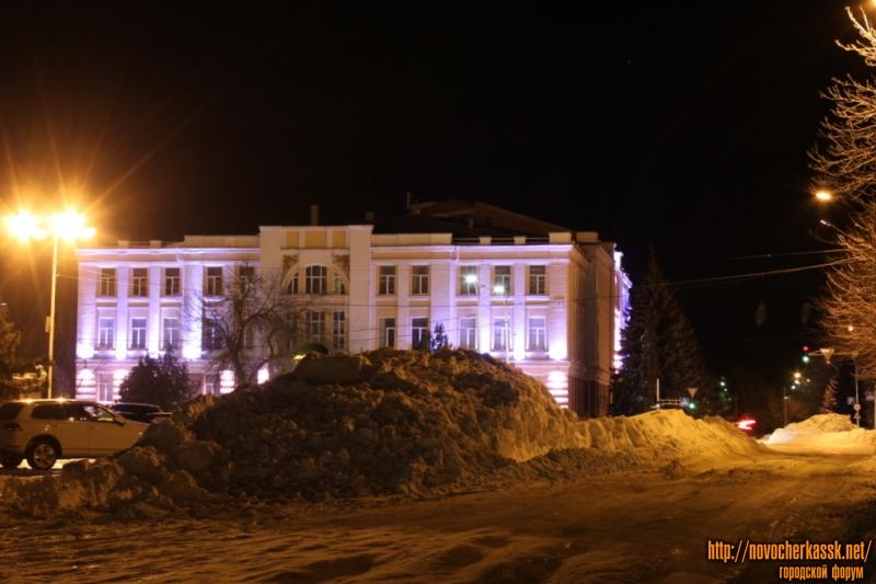 Городской дом культуры. Вид с улицы Атаманской