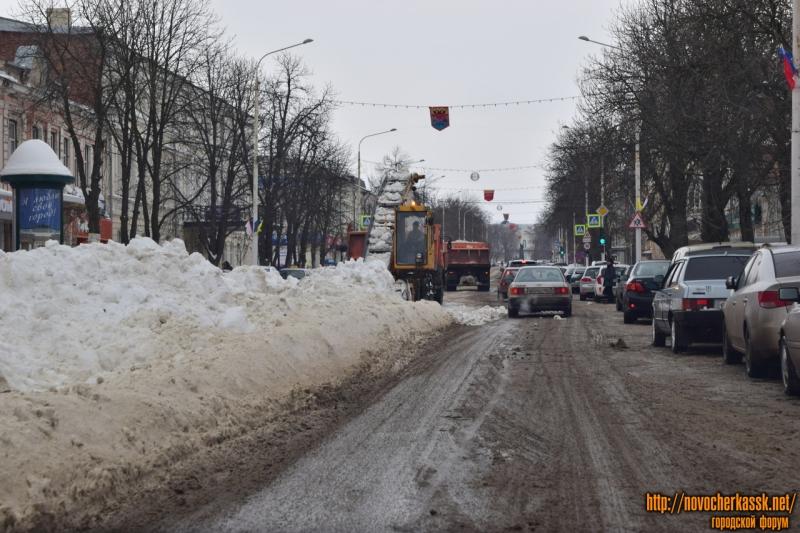 Уборка снега на Московской