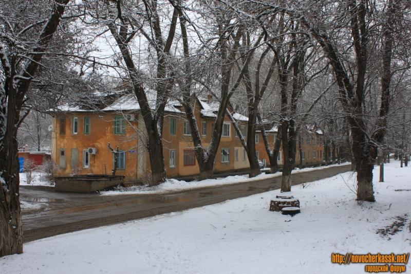 Улица Чехова. Дома 25 и 27