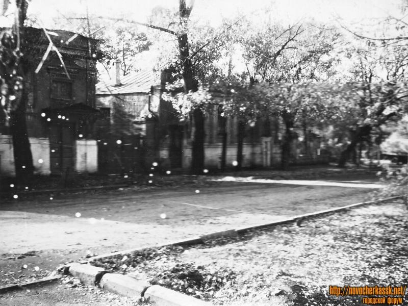 Улица им. Генерала Лебедя, 33-35