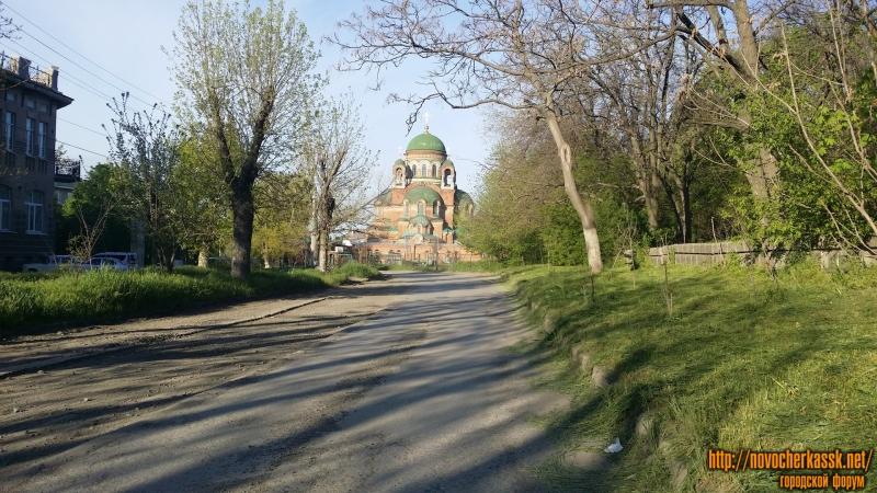 улица Александровская, вид на Александровский храм