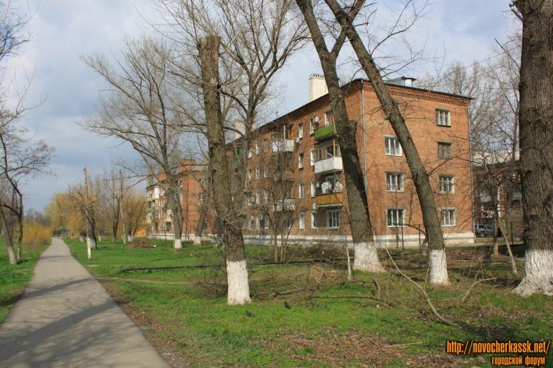Улица Макаренко, 10-12