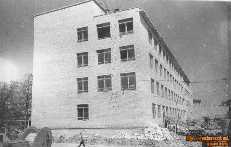 Cтроящееся здание лабораторного корпуса НПИ