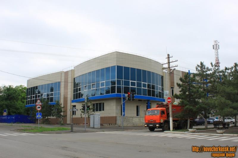 Строительство детского центра в Александровском парке. Угол Платовского и Пушкинской