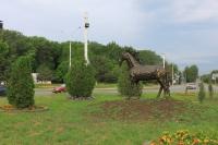 Кони на площади Юбилейной