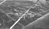 Вид комплекса зданий НИИ(НПИ) и западной части города с самолета, 1935-36 г.