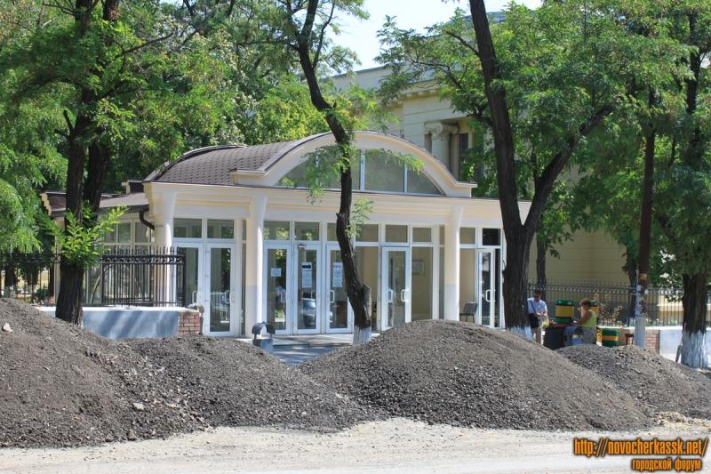 Проходная ЮРГПУ (НПИ). Вид с улицы Богдана Хмельницкого