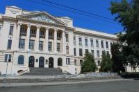 Главный корпус ЮРГПУ (НПИ) летом 2014
