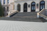 Новая плитка перед главным корпусом ЮРГПУ (НПИ)