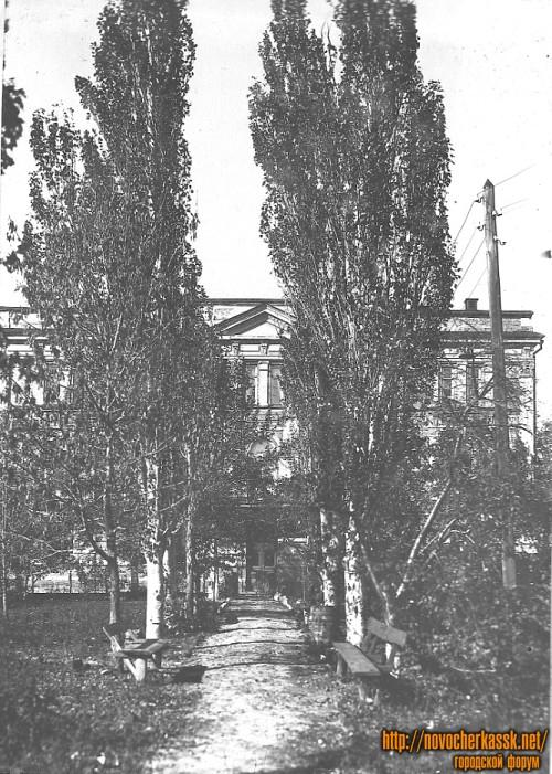 Здание автотранспортного колледжа