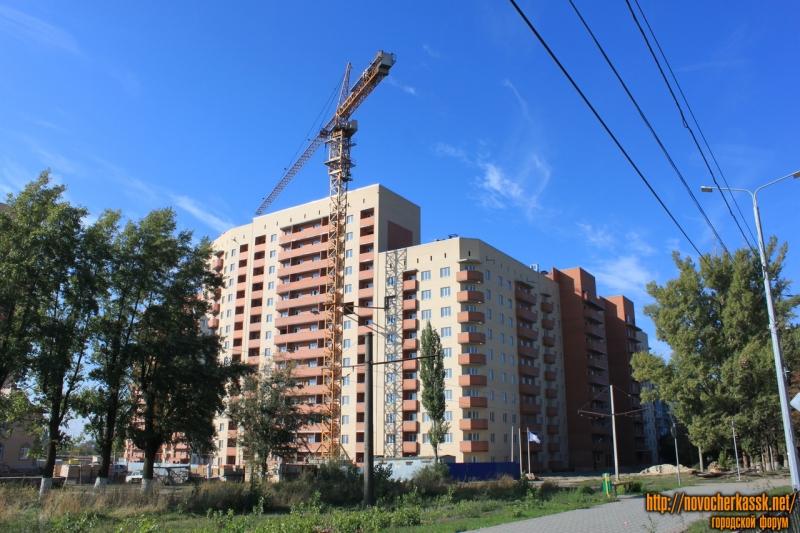 Новостройка для военных на улице С. В. Мацоты (Октябрьский)