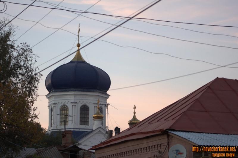 Михайловский храм. Вид с улицы Михайловской