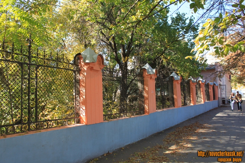 Забо двора на улице Московской 65