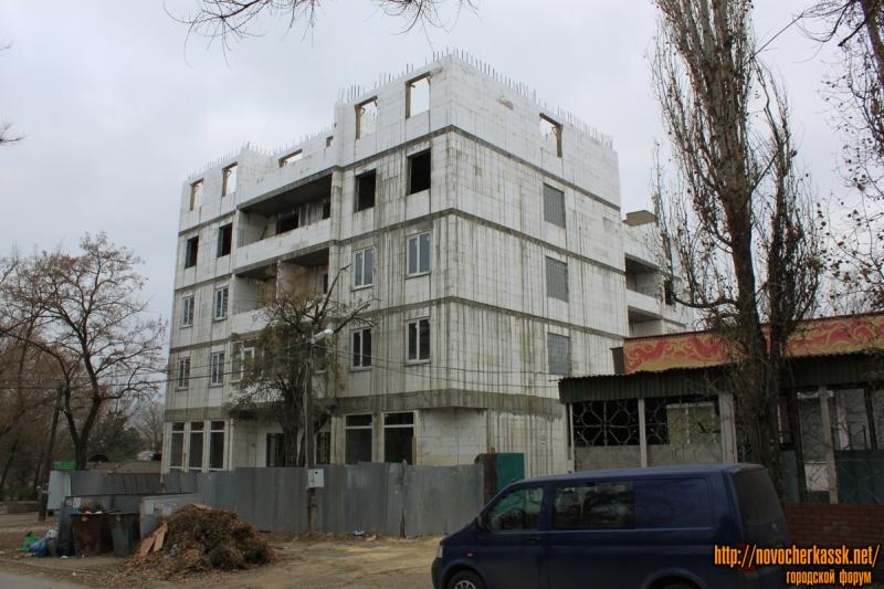 Стройка на улице Михайловской, 171