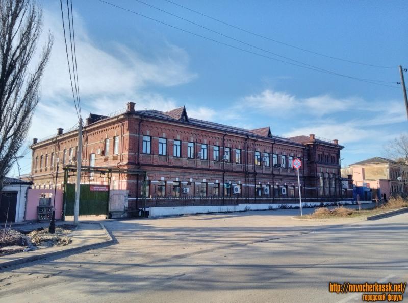 Здание бывшего ликёроводочного завода