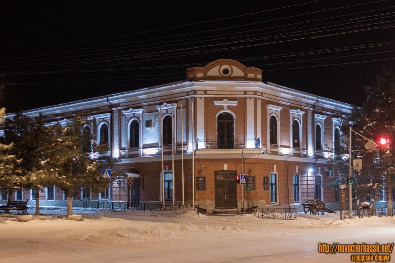 Новочеркасское Суворовское училище МВД (Платовский/Пушкинская)