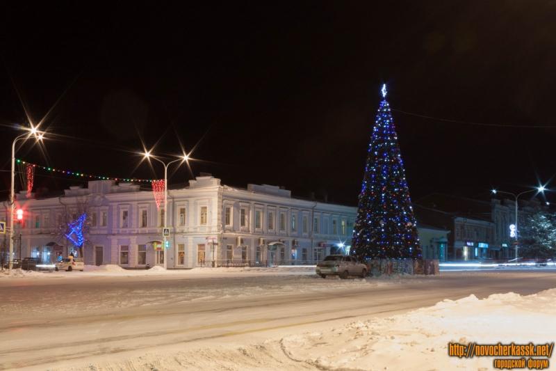 Проспект Платовский. Новогодняя ёлка 2015