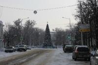 Улица Московская и новогодняя ёлка
