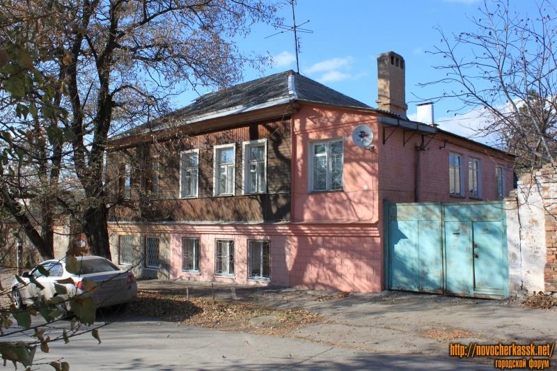 Улица Александровская, 104