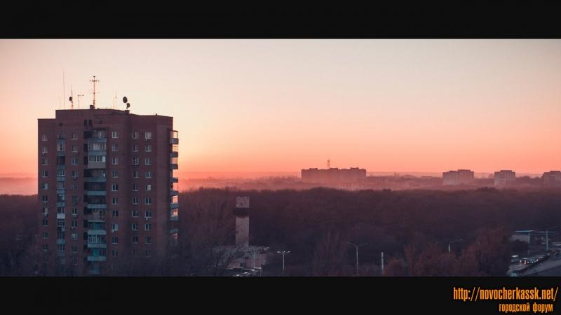 Вид на рощу, стадион, 14-этажку. 19 ноября 2014 года