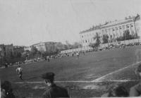 Стадион «Труд» (на месте Универмага)