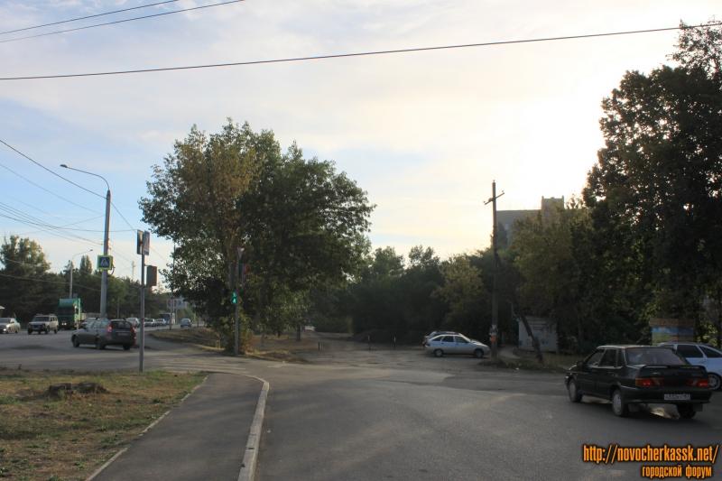 Вид на выезд на проспект Баклановский с улицы Ященко