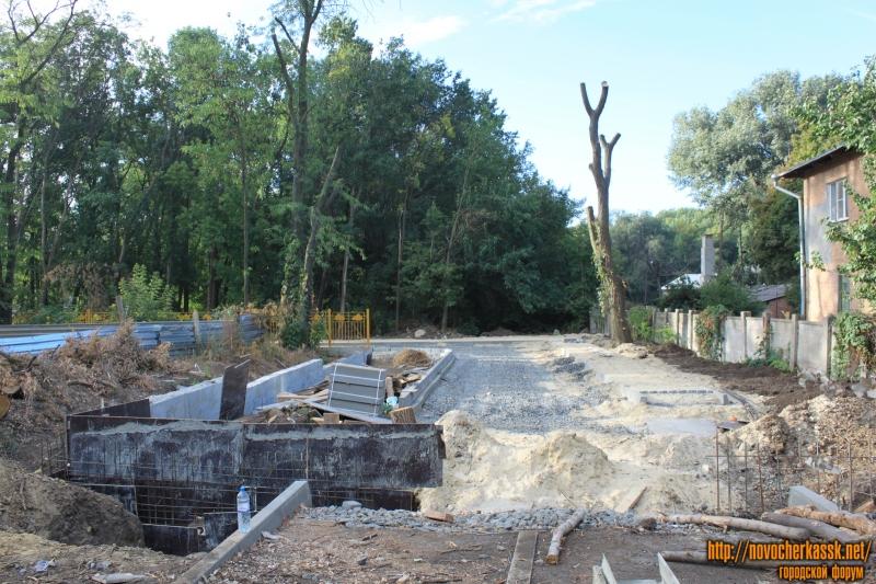 Строительство подъезда к детскому саду в роще «Красная весна»