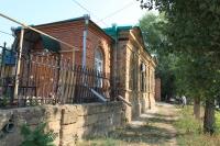 Дом при храме Александра Невского. Улица Александровская