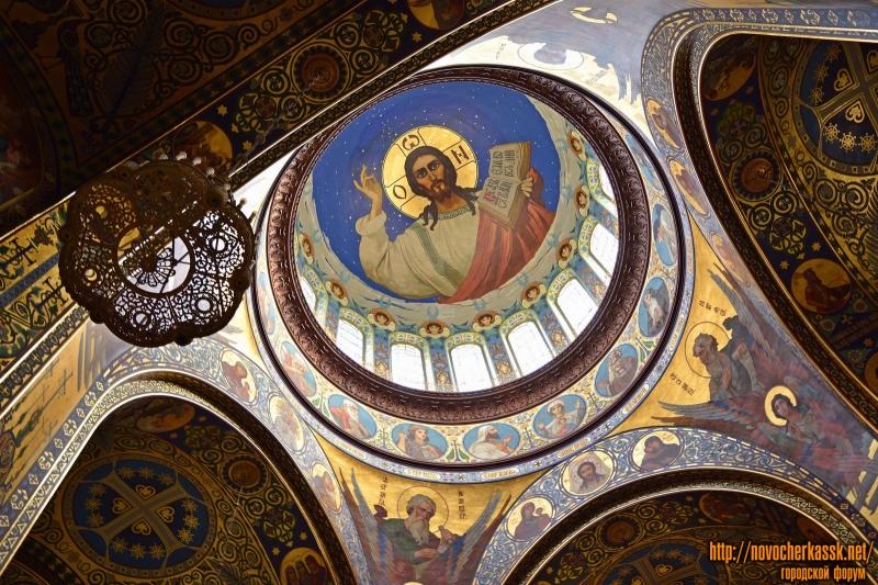 Интерьер собора после реставрации