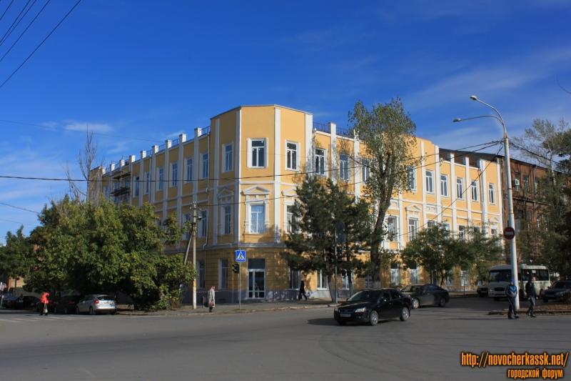 Ремонт общежития на углу Платовского и Орджоникидзе