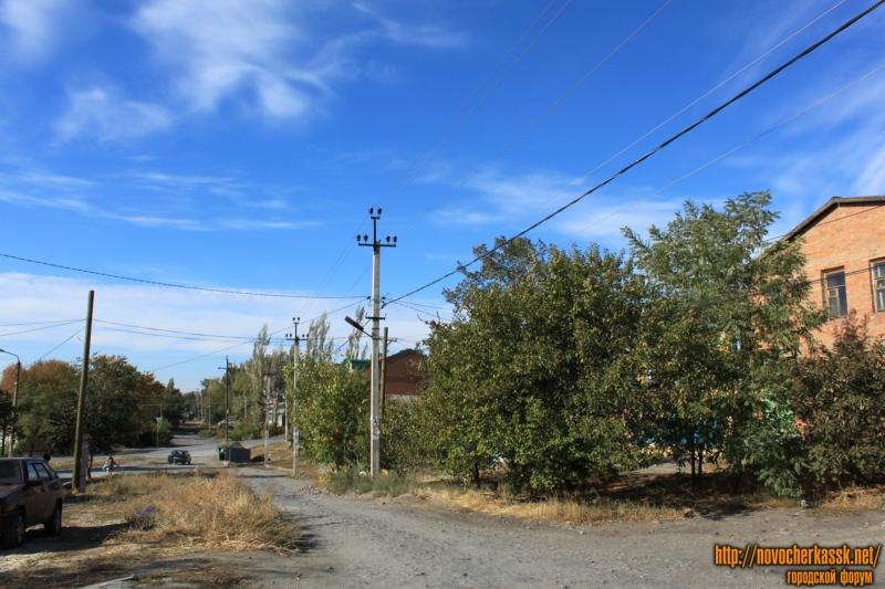 Вид улицы Кавказской в сторону проспекта Ермака