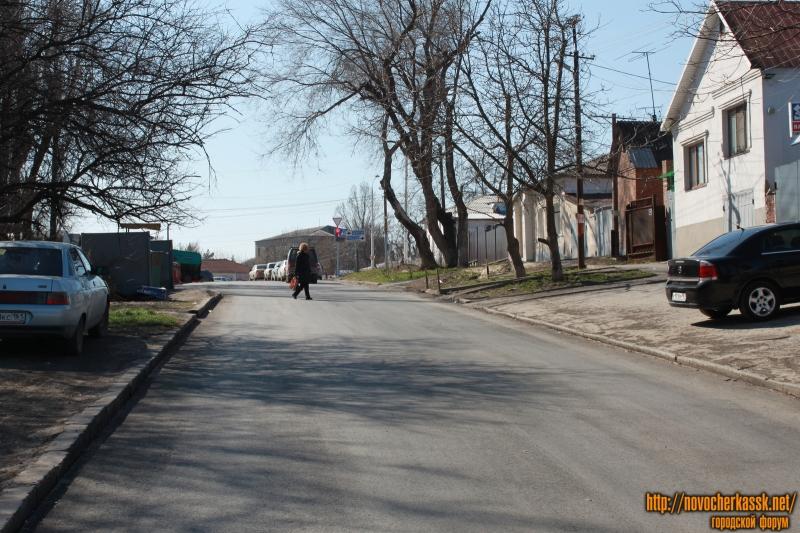 Новый асфальт на улице Ленгника