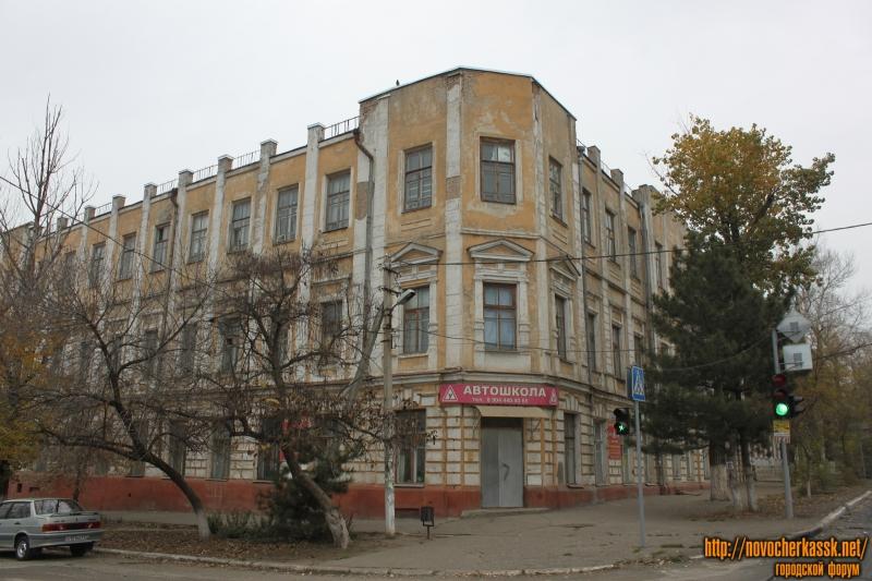 Угол Платовского и Орджоникидзе