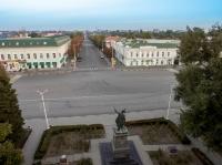 Площадь перед памятником Платову и улица Московская