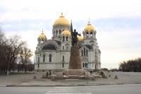 Собор и памятник Ермаку
