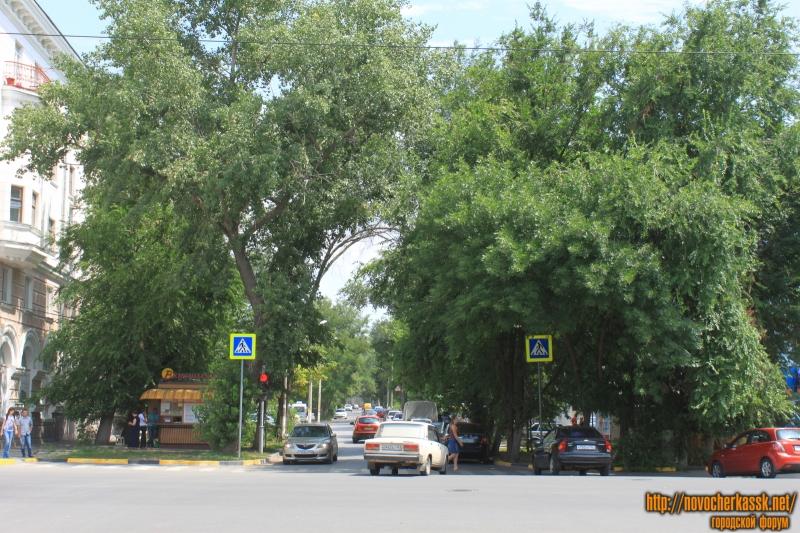 Улица Просвещения от улицы Московской в сторону Ермака