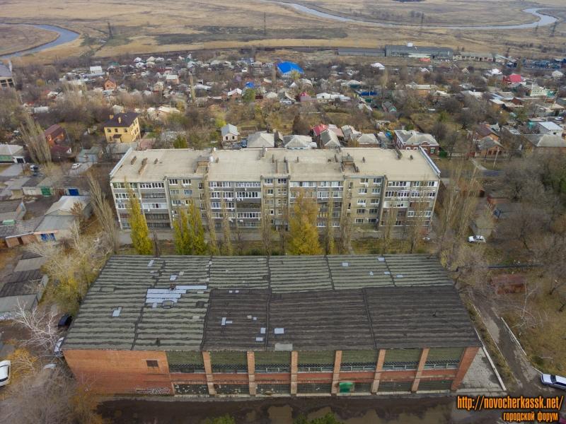 Спорткомплекс и переулок Комсомольский, 25А