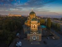 Храм Александра Невского на закате
