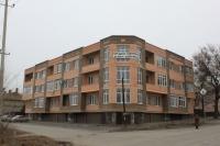 Дом на углу 26 Бакинских Комиссаров и Щорса